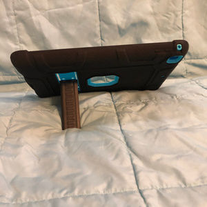 UNBRANDED Accessories - iPAD CASE 2/3/4 BAY BLUE WITH BLACK COVER KICKSTND